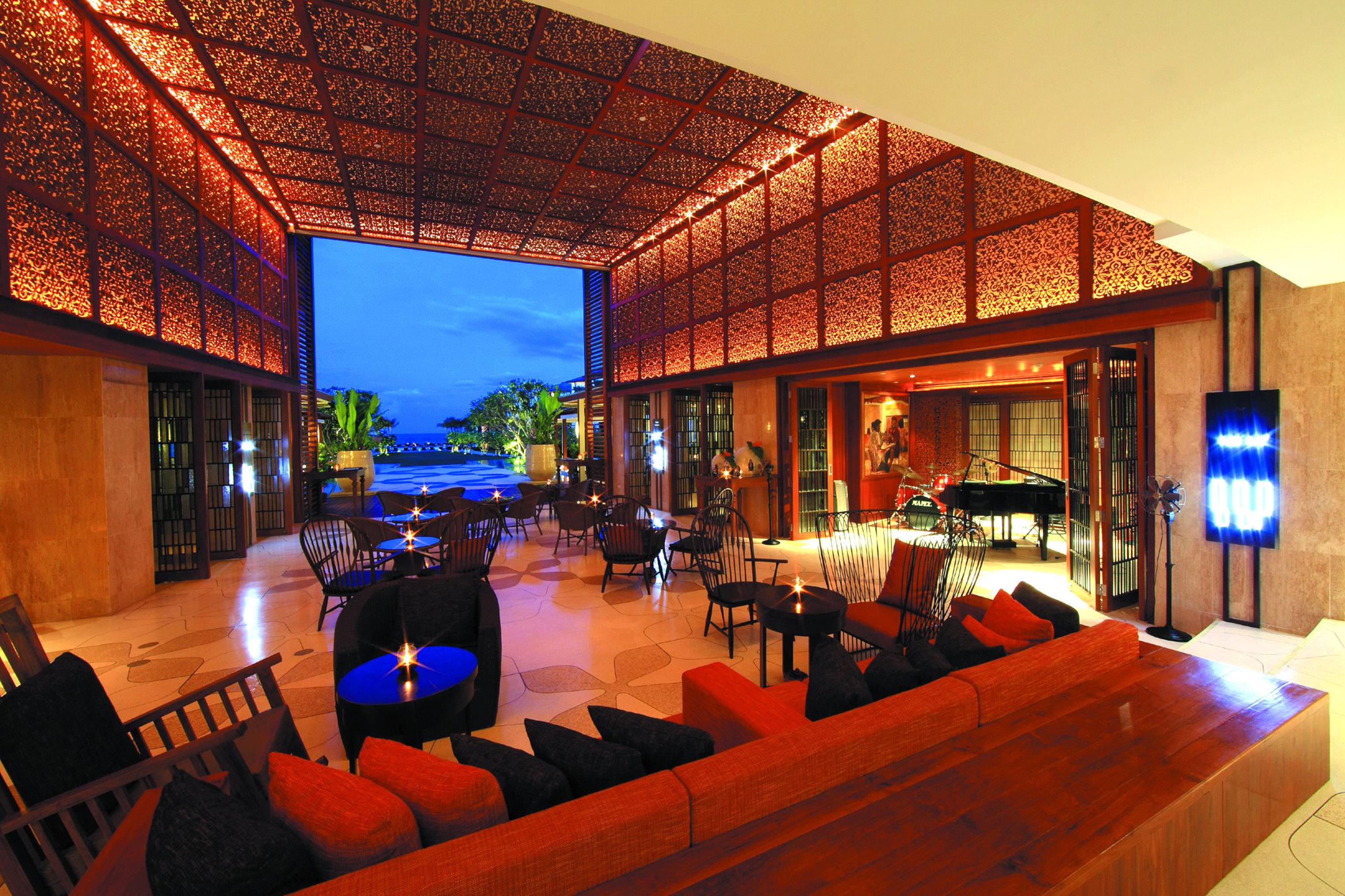 Lounge Modern Resort property house restaurant Lobby home Bar Villa hacienda