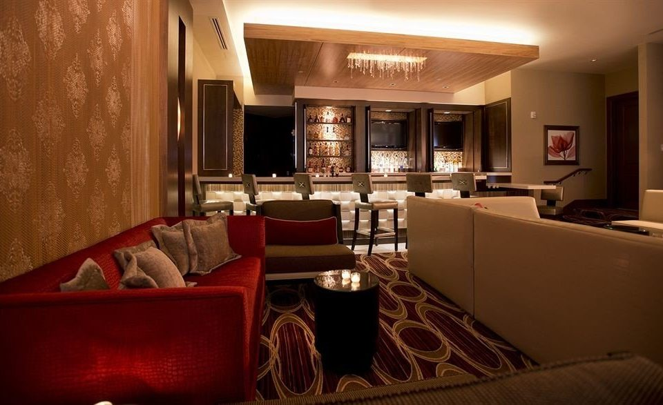 Bar Lounge Waterfront sofa property Suite living room Lobby leather