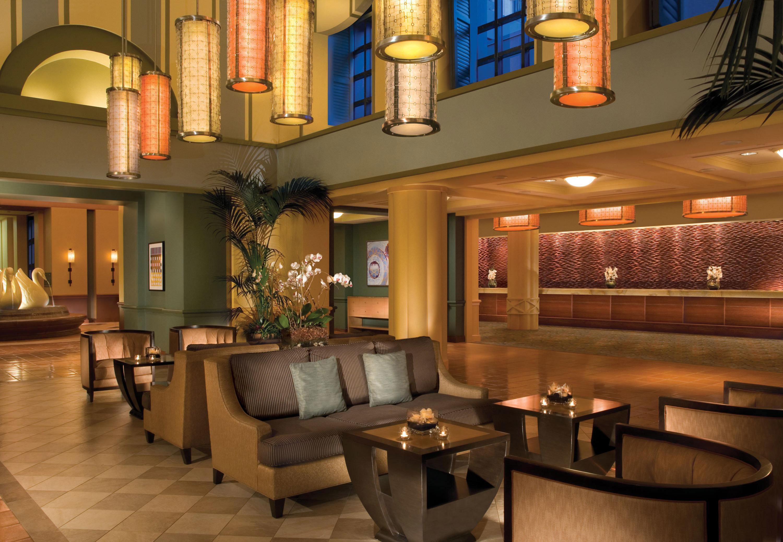 Lobby property billiard room recreation room lighting Bar mansion home living room restaurant Resort