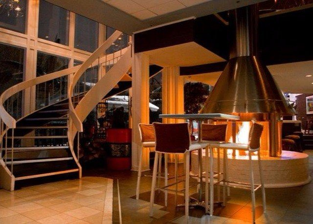 chair restaurant Resort Lobby Bar