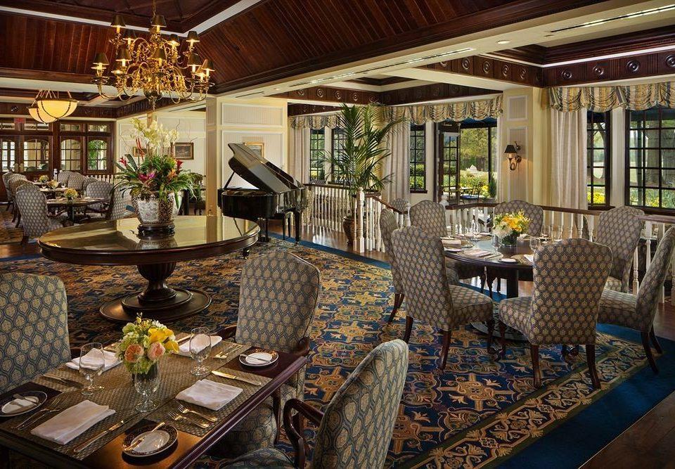 property Lobby restaurant home condominium Resort living room Bar