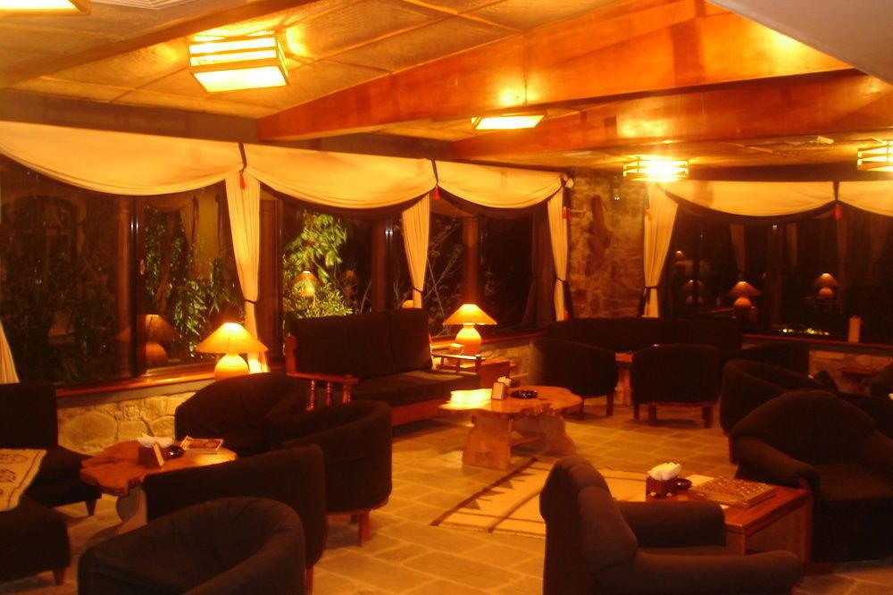 restaurant function hall lighting Bar Resort Lobby