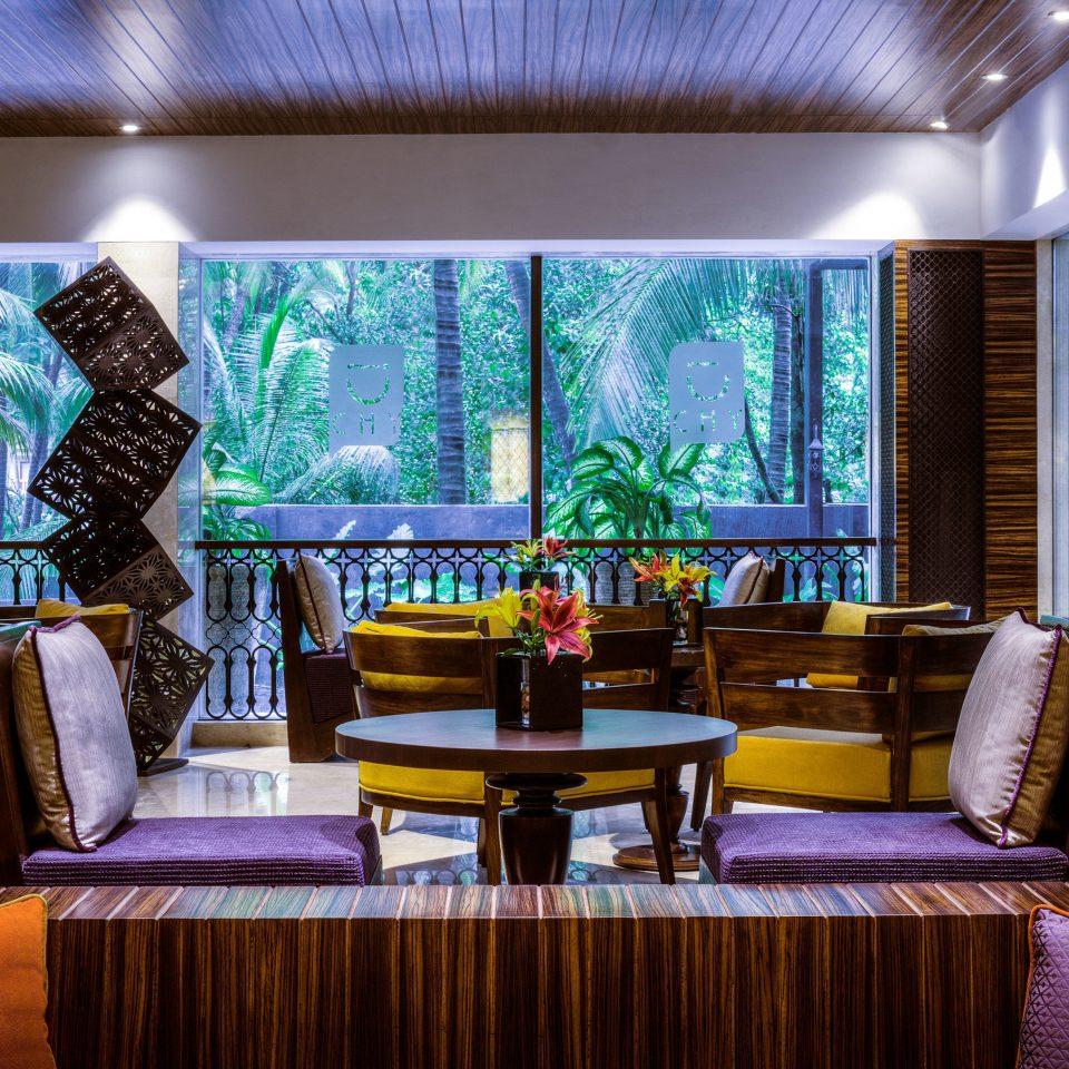 restaurant Resort Lobby Bar function hall living room