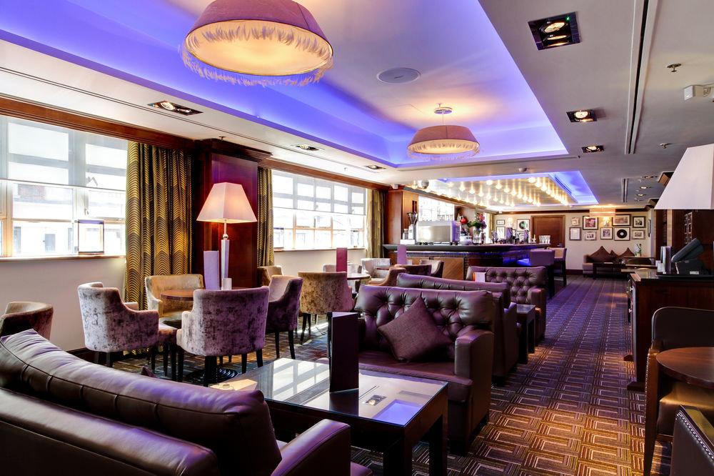 restaurant Bar function hall Resort Lobby