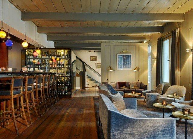 property Lobby restaurant Bar Resort recreation room