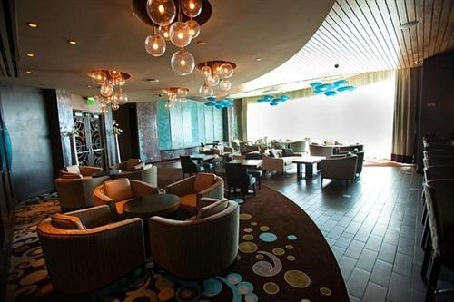 property Lobby restaurant Resort function hall Bar living room Suite