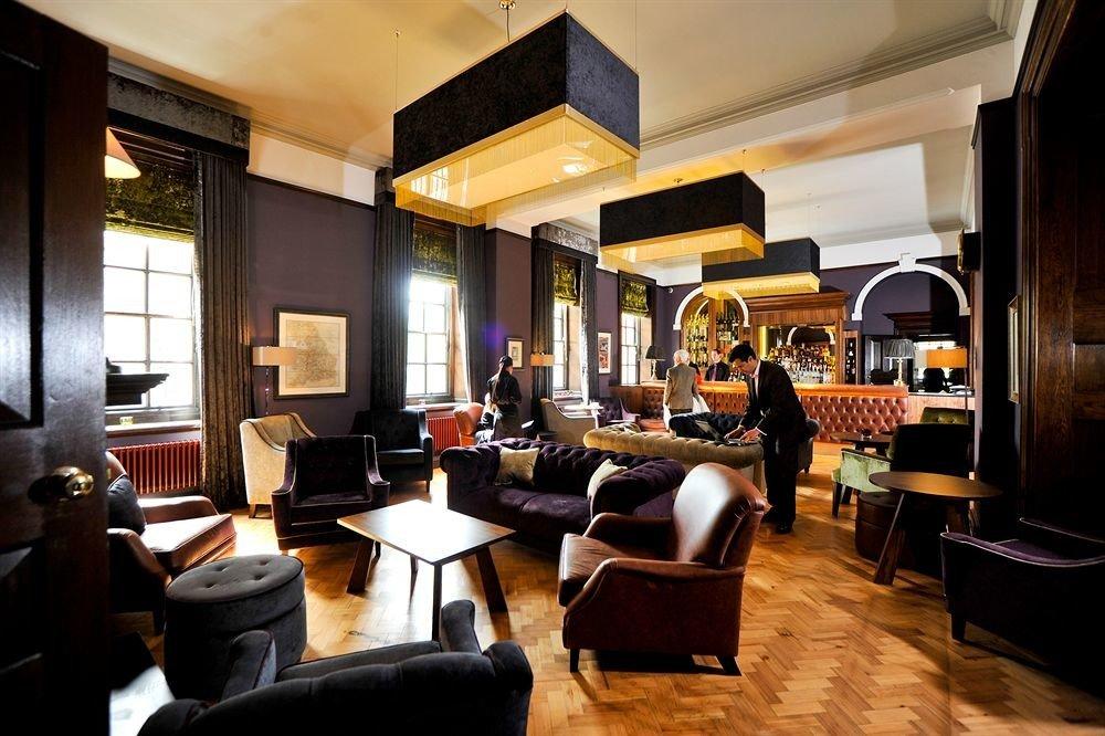 property restaurant Lobby Bar café Suite Resort living room