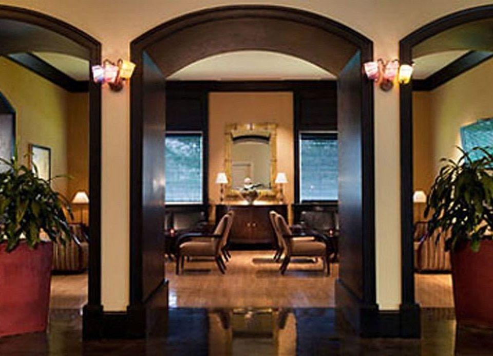 Lobby property Resort restaurant Suite home living room Bar hacienda mansion