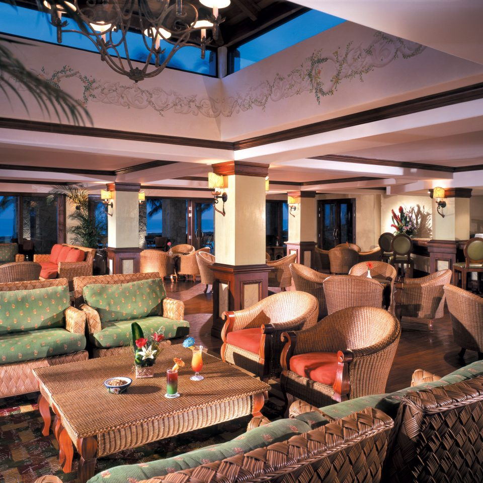 sofa property Resort Lobby recreation room restaurant function hall living room Bar Villa