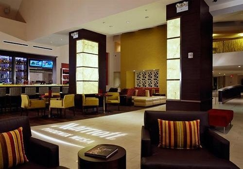 property Lobby restaurant Bar condominium Suite recreation room function hall living room