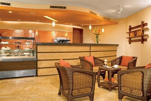 property Lobby Suite restaurant recreation room function hall Bar