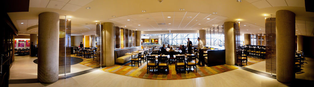 Lobby restaurant shopping mall Winery Bar