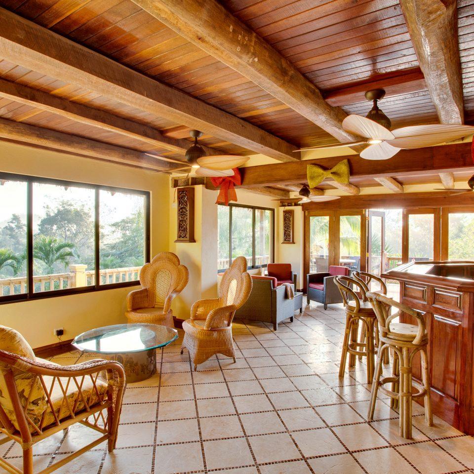 Bar Lodge Lounge Rustic property Resort cottage home log cabin farmhouse Villa
