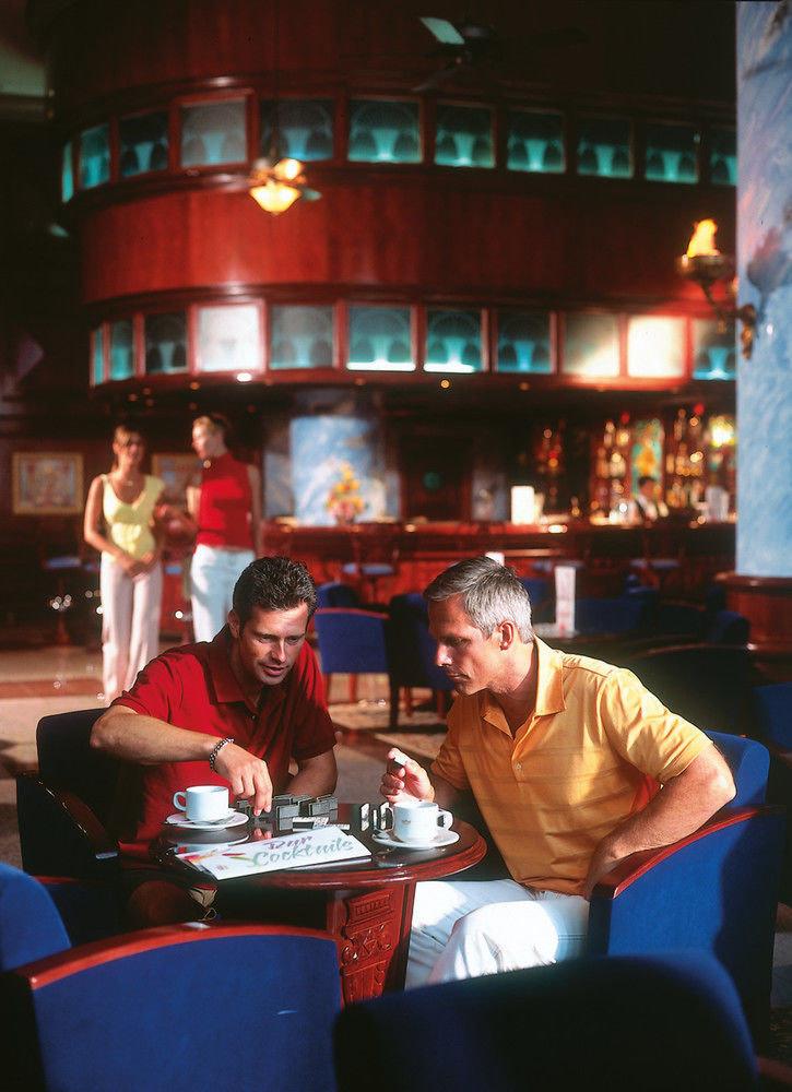 man Bar restaurant