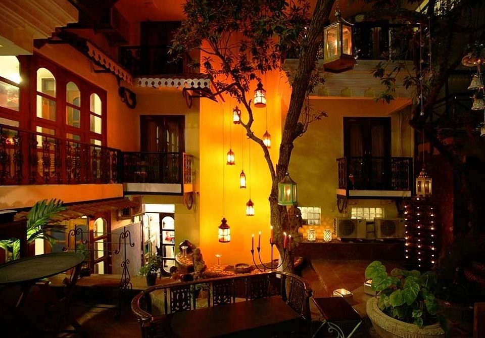 night restaurant Bar