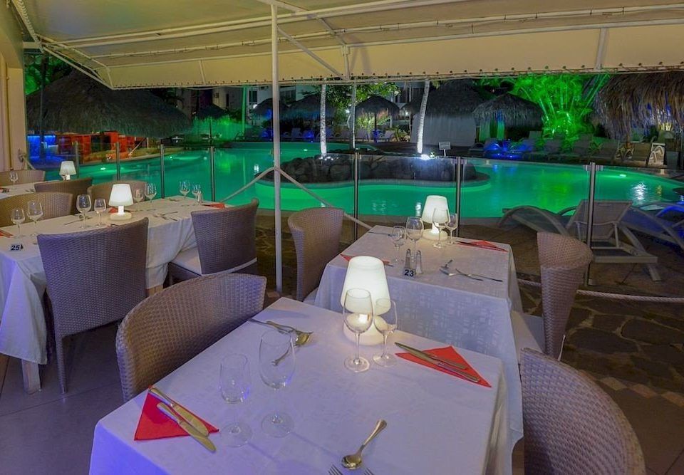 restaurant green club banquet Party function hall Resort Bar