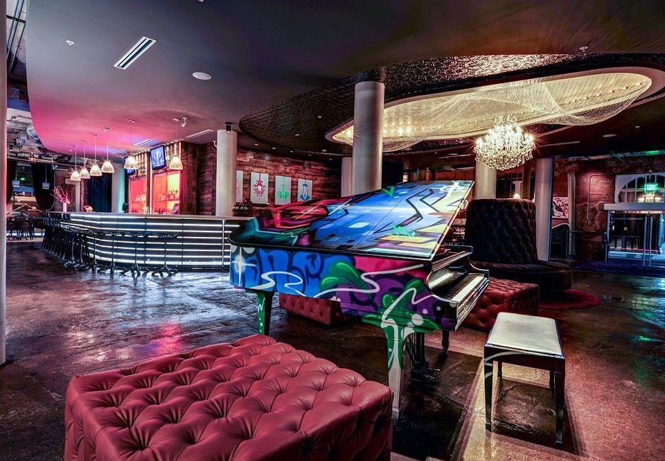 Bar nightclub restaurant Resort club