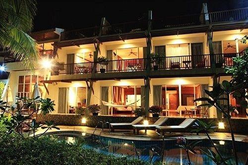 property Resort condominium restaurant Bar
