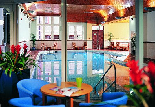 leisure plant Resort restaurant home Bar dining table