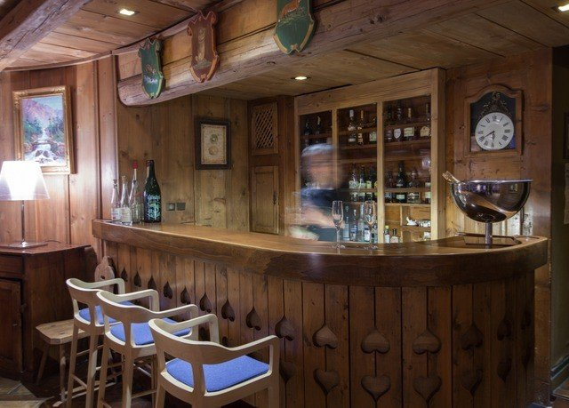 property Bar restaurant wooden tavern Resort dining table