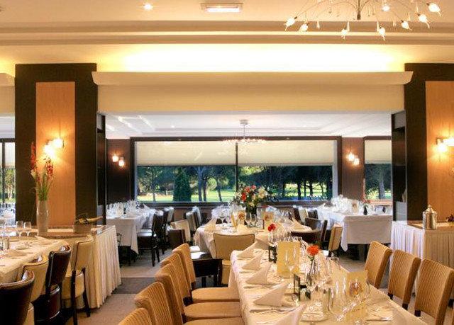 restaurant function hall Resort Bar