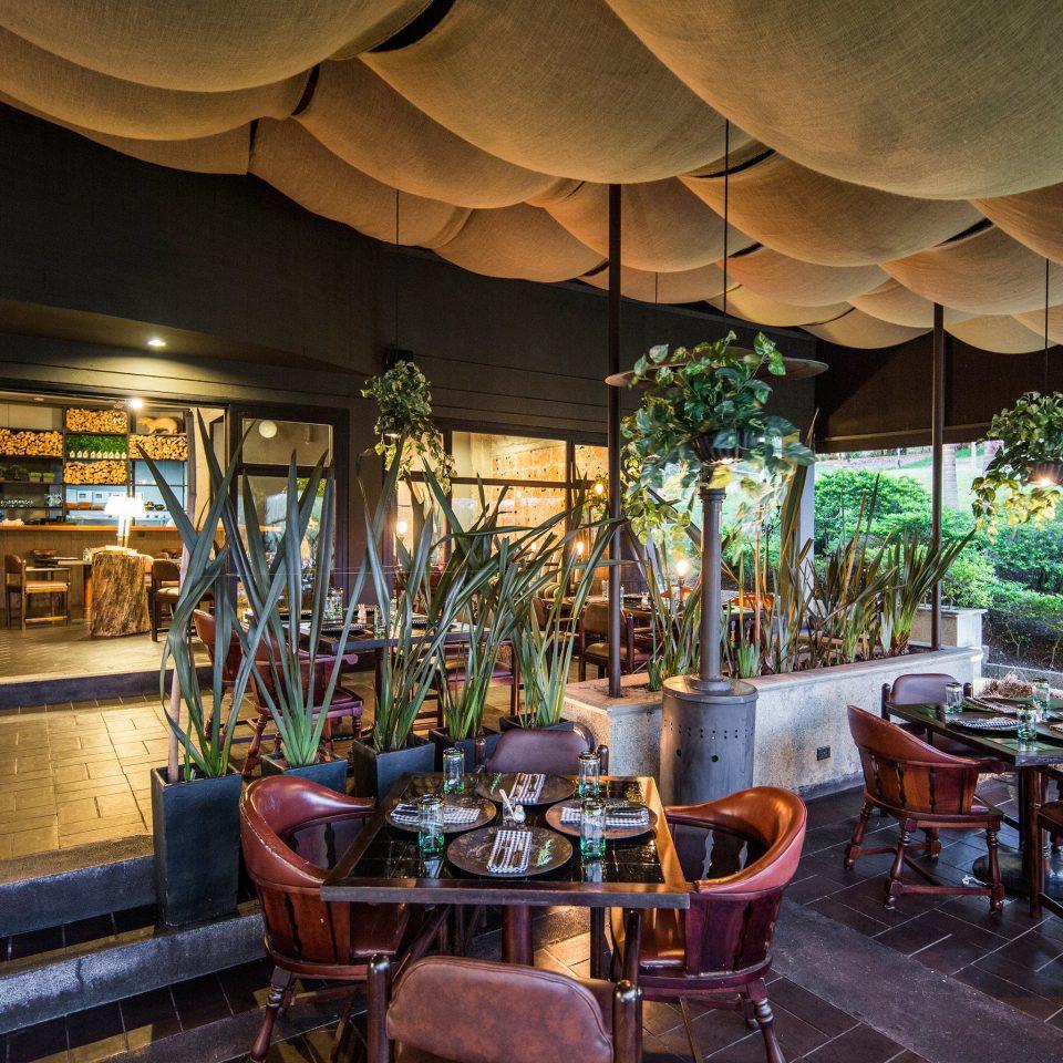 Resort restaurant Bar