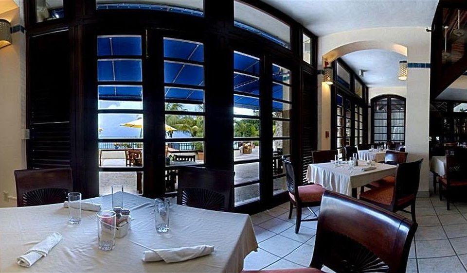 property condominium restaurant home Resort living room Suite Bar