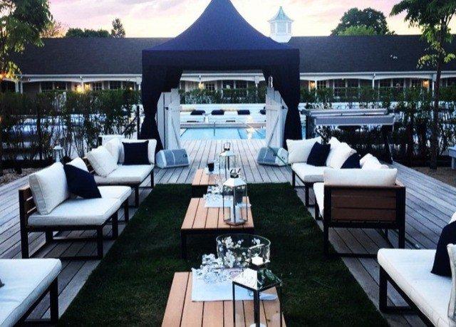 restaurant Resort yacht vehicle passenger ship Villa Bar