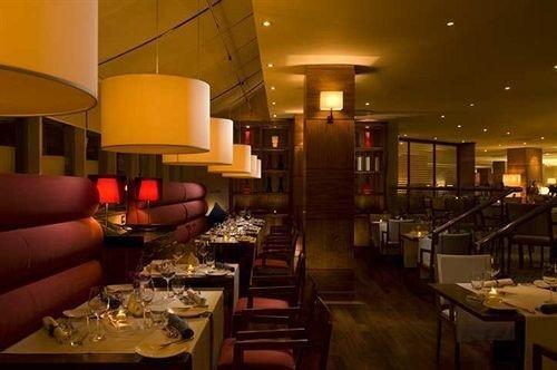 restaurant Bar set