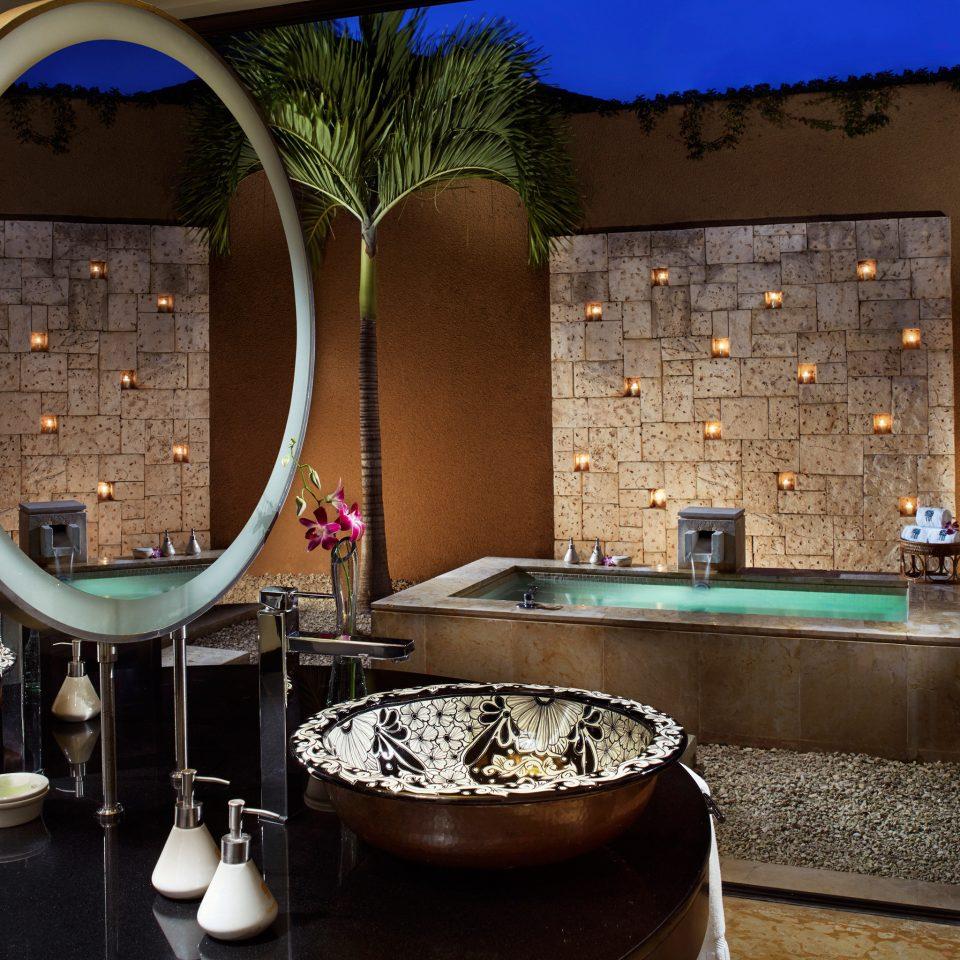 property home bathroom Suite restaurant swimming pool living room Bar