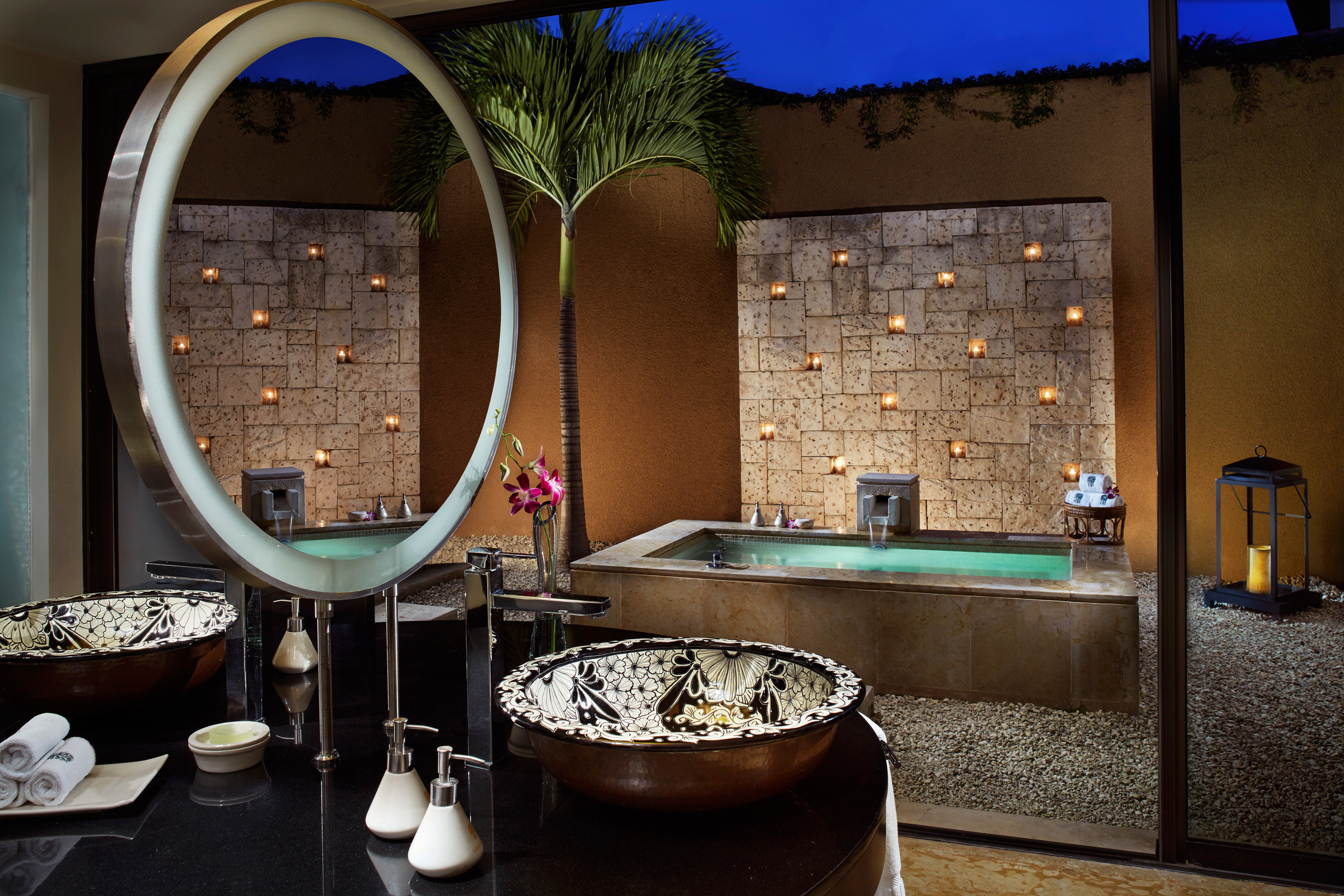 property home bathroom Suite restaurant swimming pool living room Bar