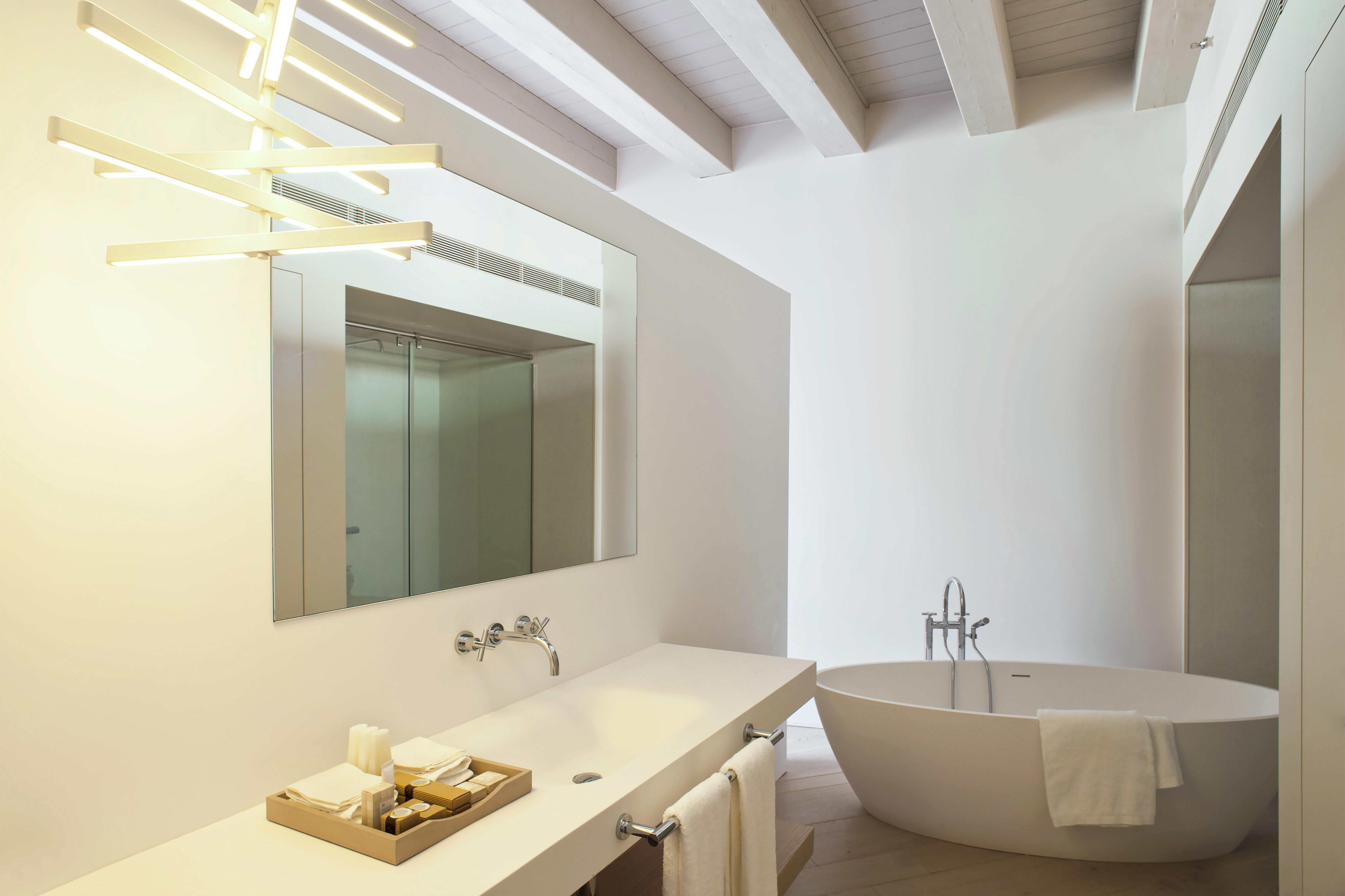 Barcelona Bath Boutique City Hip Hotels Luxury Modern Spain bathroom mirror property sink white home daylighting bathtub tan