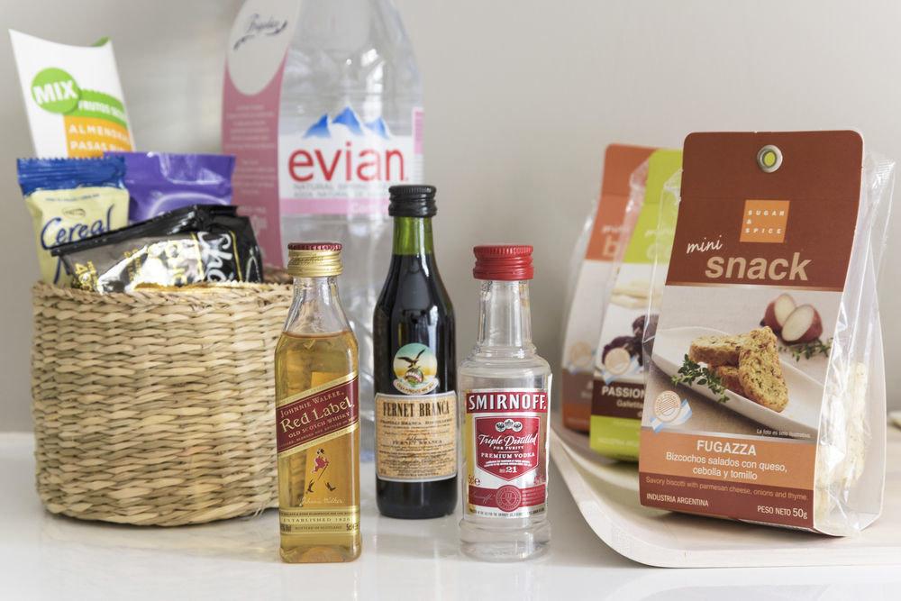 bottle hamper product gift basket food basket brand sense gift flavor open