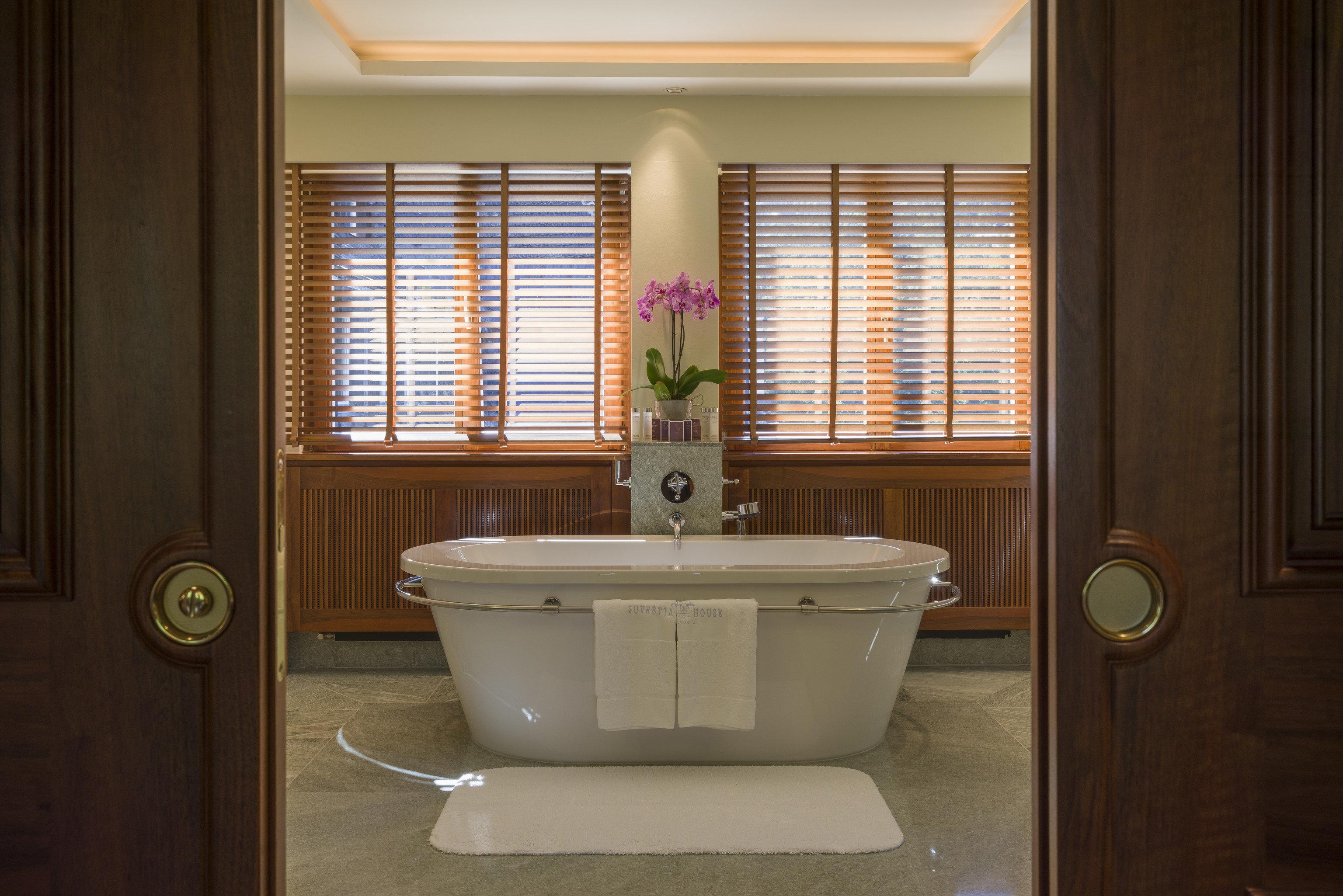 bathroom bathroom accessory window treatment plumbing fixture sink home window blind Bath