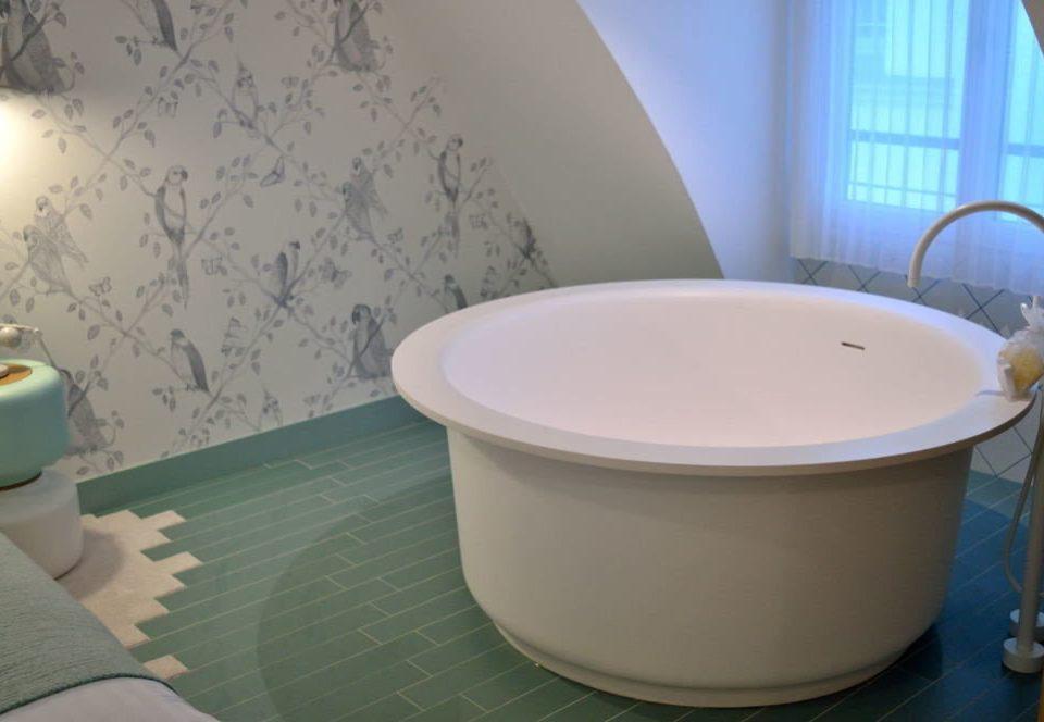 bathroom bathtub toilet swimming pool bidet plumbing fixture toilet seat jacuzzi tub Bath
