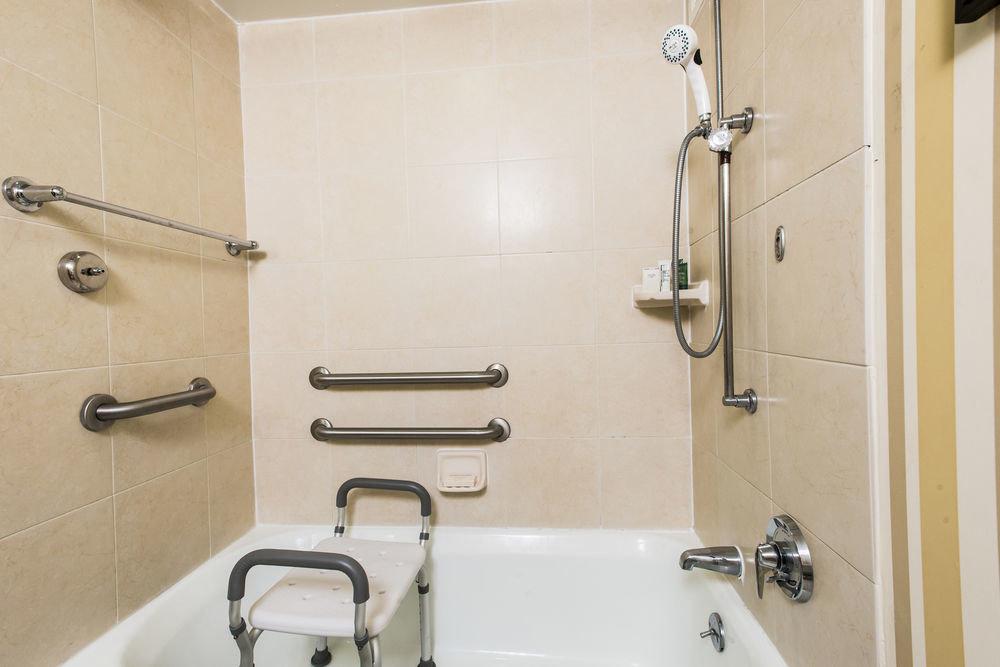 bathroom toilet property sink scene plumbing fixture vessel bidet water basin Bath bathtub tub tiled