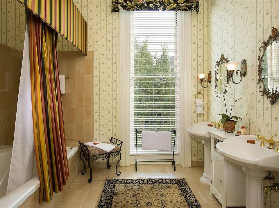 bathroom property tub home cottage curtain farmhouse bathtub Bath window treatment tiled tile