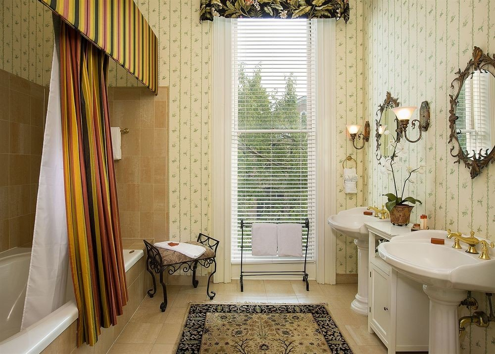 bathroom property tub home cottage curtain farmhouse bathtub Bath window treatment tiled tile