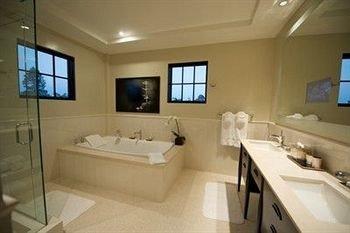 bathroom property sink home tub cottage Bath bathtub