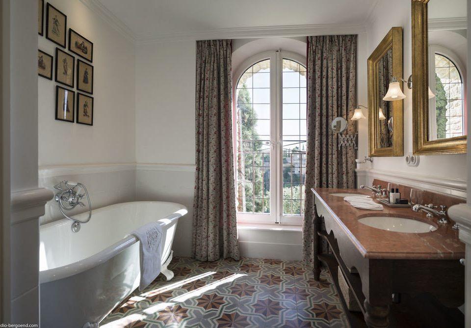 bathroom property home cottage mansion tub stone Bath bathtub