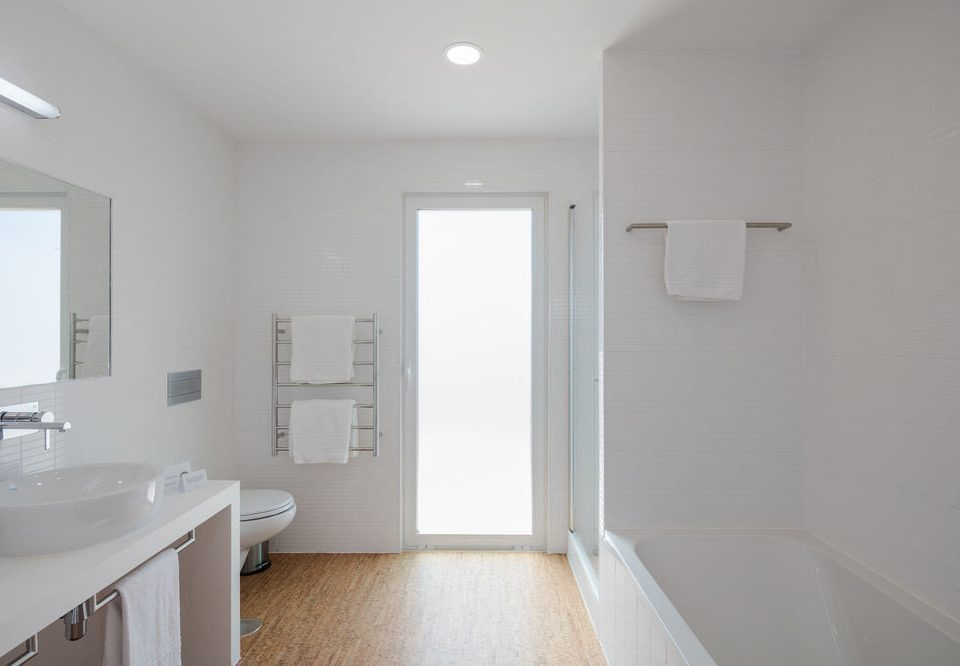 bathroom sink property mirror home white cottage tub tile Bath bathtub