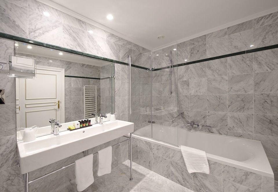 bathroom property sink house home bathtub plumbing fixture flooring tile Bath