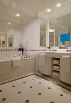 property flooring bathroom tile home tub bathtub Bath