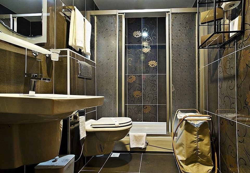 bathroom home plumbing fixture toilet tub Bath bathtub tiled