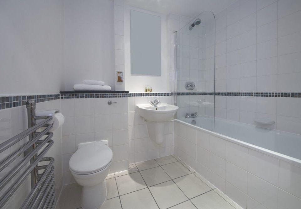 bathroom property toilet tiled flooring bidet tile cottage Bath
