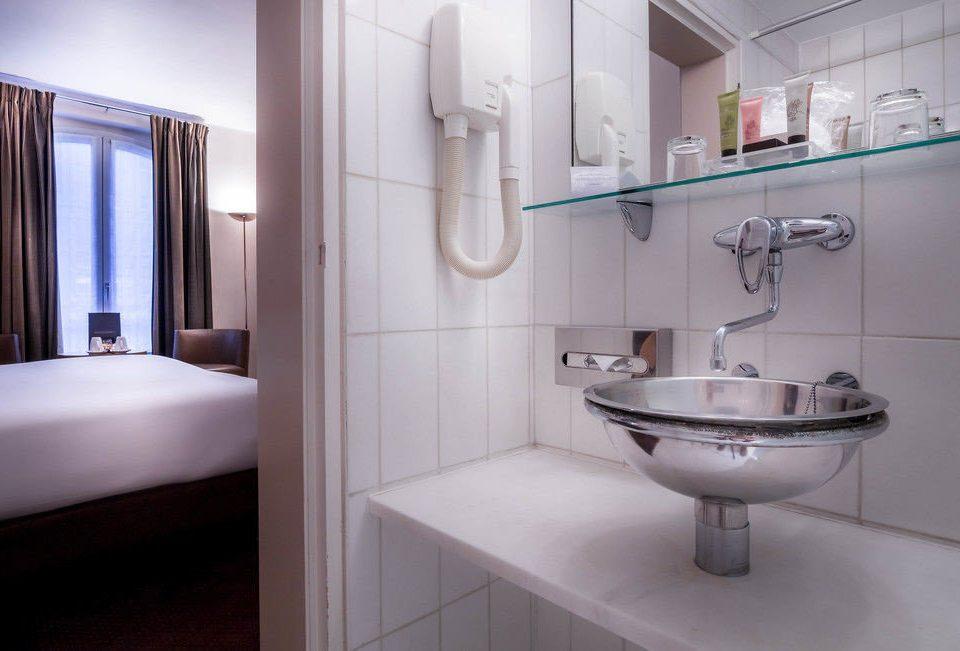 bathroom property sink toilet bidet home plumbing fixture rack Bath tile tiled
