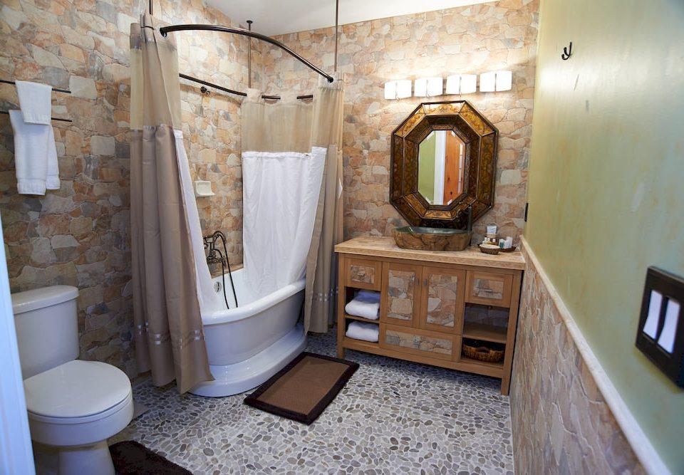 bathroom property house home cottage tub Bath