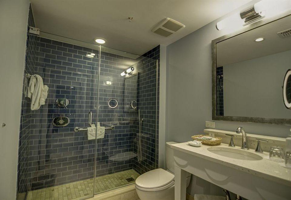 Bath bathroom toilet sink property mirror home plumbing fixture tile flooring