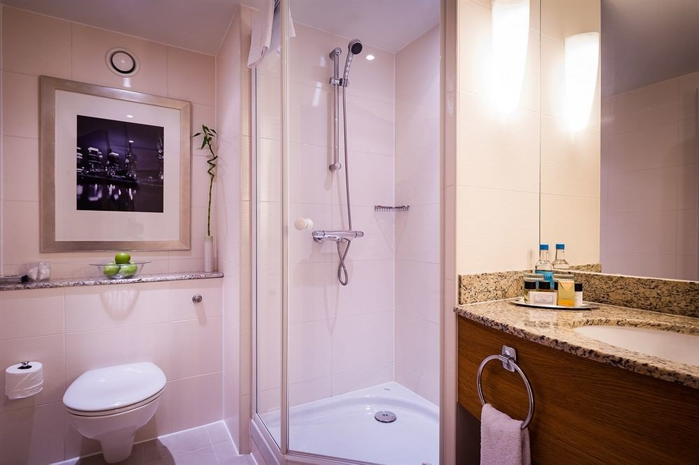 bathroom property sink home plumbing fixture Bath