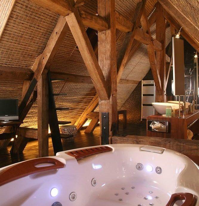 swimming pool jacuzzi tub bathtub Bath